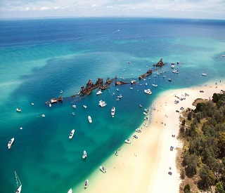 Escape to Moreton Island