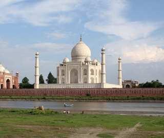 BALCONY MADNESS | Journey to India's Golden Triangle