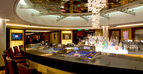 Norwegian Epic cruise ship Cascades Bar.