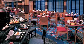 Norwegian Sun cruise ship Ginza Japanese Restaurant with authentic Asian atmosph